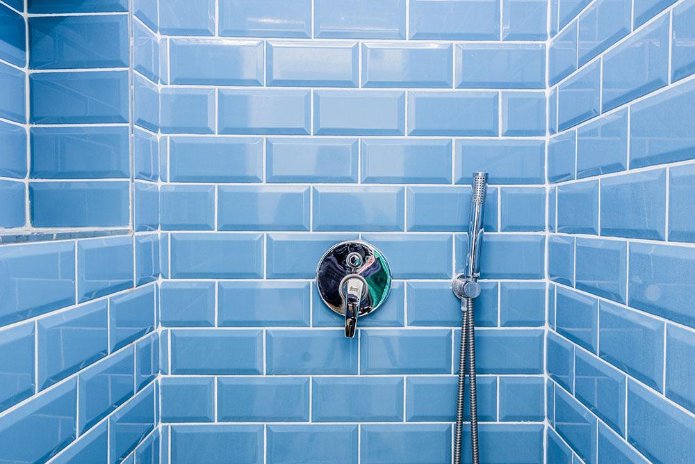 how long does tile reglazing last in